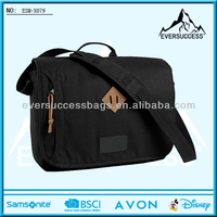"2014 Top Quality Hot Design Canvas Messenger Bag With 15"" Laptop Compartment"
