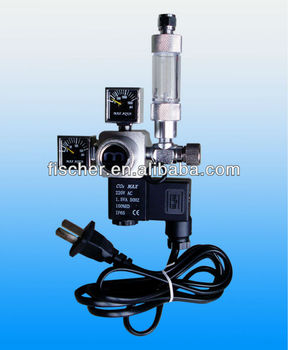 Professional Dual Square gauge CO2 pressure regulator with solenoid and bubble counter FJX-01,hot selling