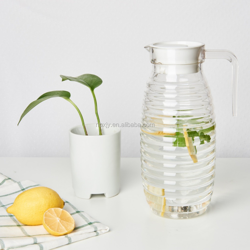 1.5 Liter plastic drinking water bottle with handle and lid