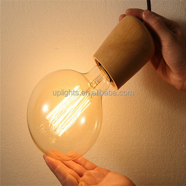 Decorate wooden and wire for hanging lamp
