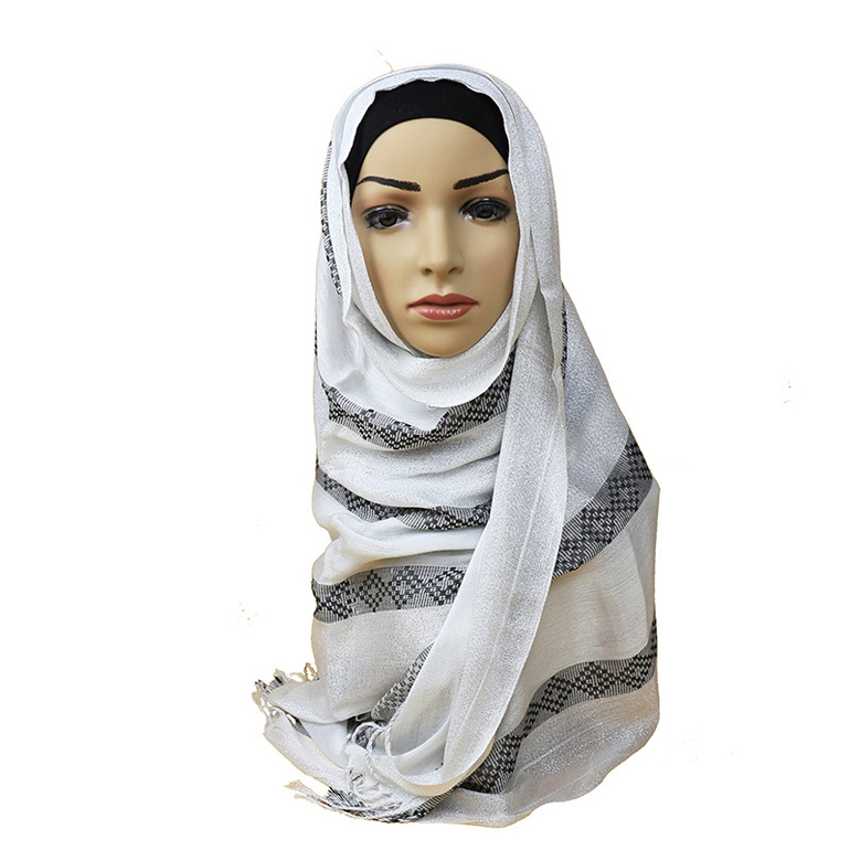 New design cotton tassels muslim scarf hijab with silver line and check pattern