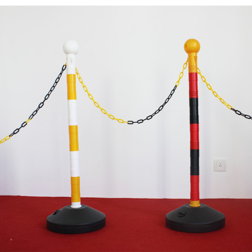 movable plastic barrier for the traffic road safety