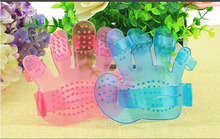 2pcs Pet Dog Cat Grooming Shower Bath Massage Brush Comb Hand Shaped Glove Comb Blue Pink