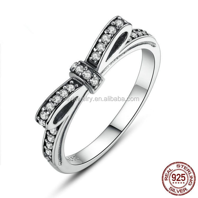 2019 High Quality Zircon Stone Micro Paved Prong Setting Women 925 Sterling Silver Diamond Engagement Ring