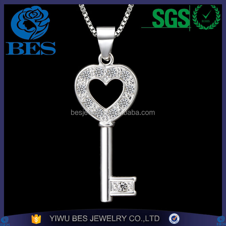 AAA Zircons Inlaid Super Quality Factory Directly Wholesale Gold Key Diamond Pendant Necklace Meaning