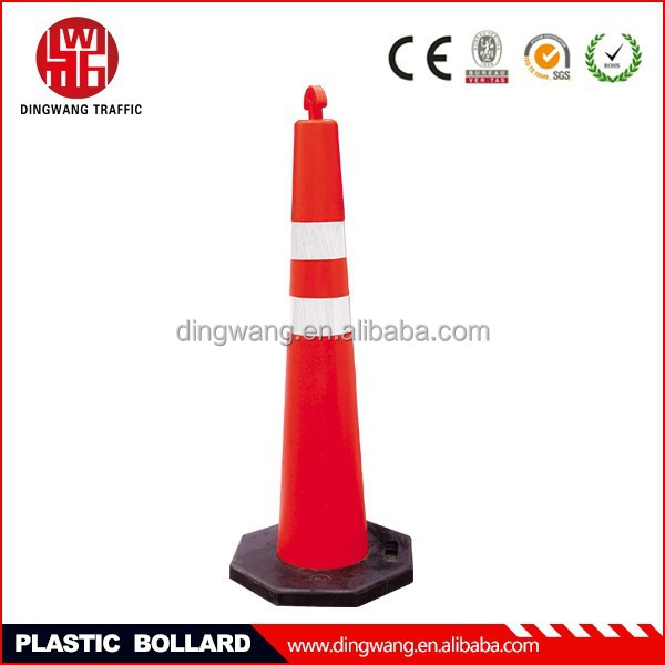 PE pole +rubber base American standard delineators