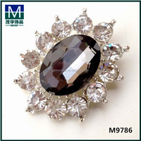 Fashion crystal beads wedding dresses loose crystal beads adornment clips for slippers. M9786