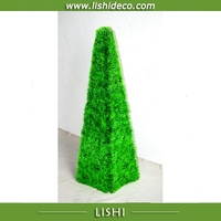 2016 Latest Design Cheap Artificial Pyramidal Moss Topiary