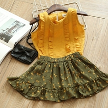 2-7 years 2017 New Girls Summer Sets Pleated Top and Flowers skirts Sets Kids Clothing Sets Wholesale