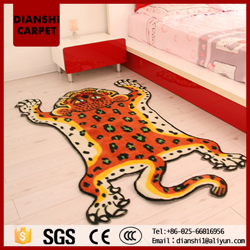 Soft Cartoon Anime Animal Shaped Throw Rugs With Lovely Pattern