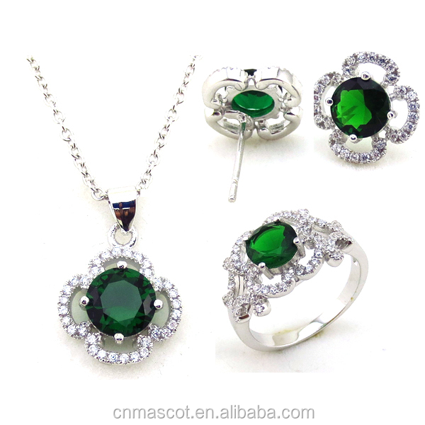 Queen white gold plated green crystal zircon pendant chain necklace earrings ring Jewelry sets