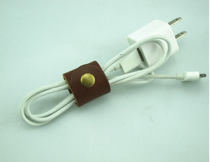 Leather Earbud / earphone /Cable Bands - Large and Small - Cord Organizer - Leather USB/Earphone retractable Cable Management
