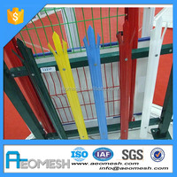 iron wire mesh fences/fence metal solid panel