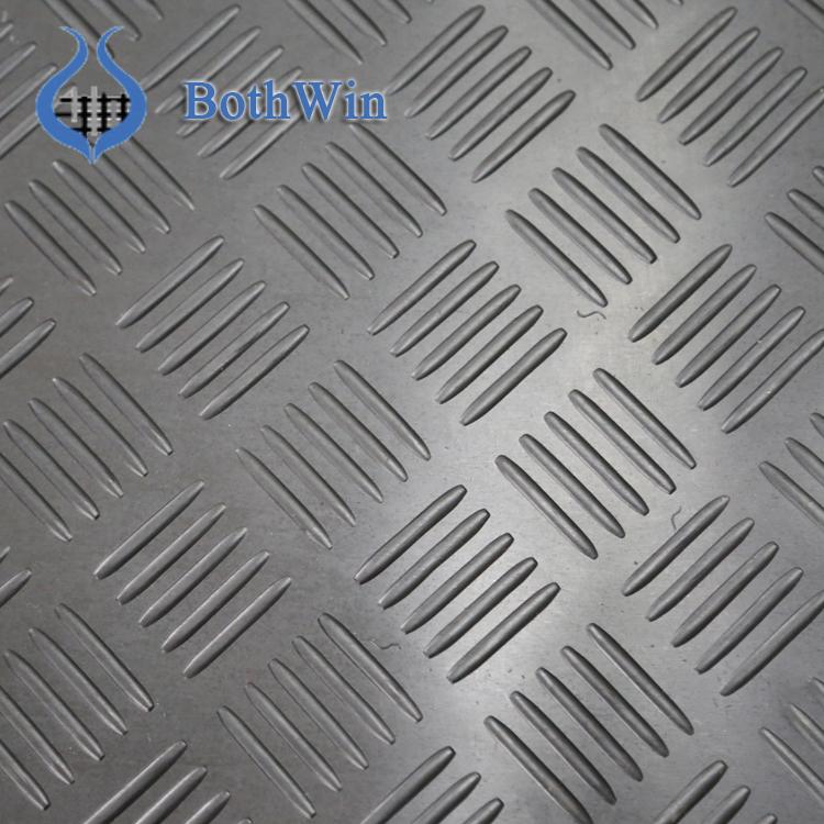 Rubber Garage Floor Mats >> Anti Slip Checker Rubber Garage Floor Mat Buy Anti Slip Rubber Mat Rubber Garage Floor Rubber Floor Mats Product On Alibaba Com