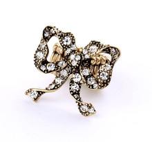 Latest design vintage gold crystal large bow ring expandable band ring bowknot design stretch band rings