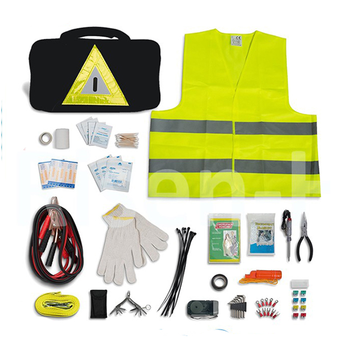 China manufacturer wholesale car safety kit/emergency roadside kit for car