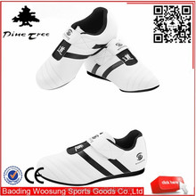 2015 new design custom cheap pu leather whilte taekwondo shoes from China shoe factory