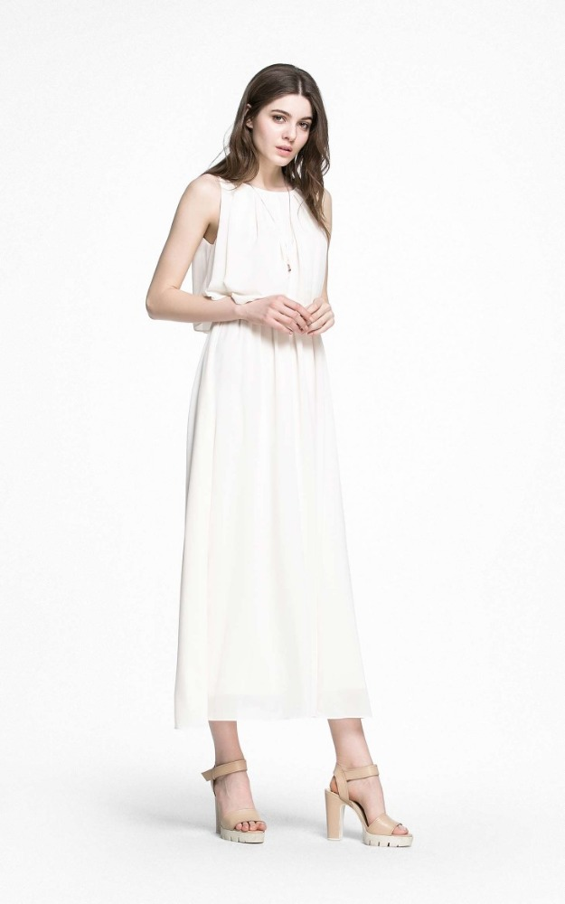 New arrival white fiminine sleveeless beach woman dresses