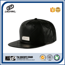 OEM 5 panels black plain snapback leather caps with metal logo