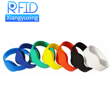 Adjustable passive rfid wristband price silicone rfid wristband/bracelet NFC TAG waterproof smart rfid band