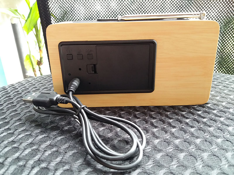 OEM wooden Radio LED clock with alarm