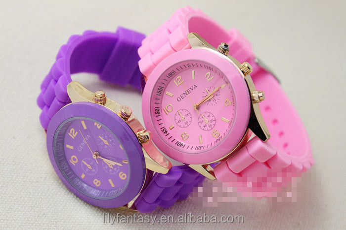 MOQ 100pcs in Your Logo Professional fashion unisex silicone geneva watch
