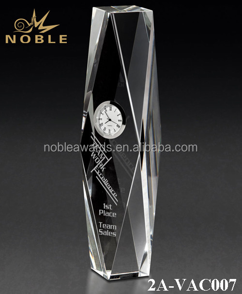 Noble Custom Hot Sale Diamond Cut Optical Crystal with Silver Clock