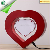 Nice gift fancy magnetic levitation love heart shaped open hot sexy girl photo or photo picture frame