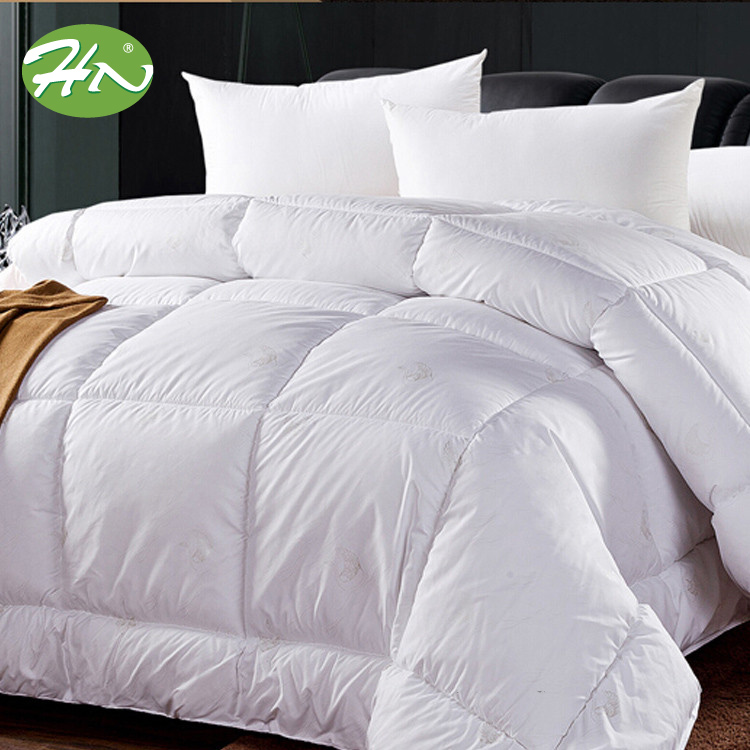 Wholesale Hotel Down Quilt King Size Comforter Set High Quality Bedding Duvet Bamboo Bed Sheet Set