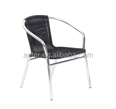 Black pod hanging gardenrattan chair with alu structure