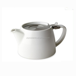 Modern Loose leaf high white porcelain ceramic tea pot with stainless steel infuser and lid