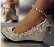 Real High Quality Pointed Toes Lace Pearls Women Wedding Shoes Lace Up Ladies Shoes Plus Size EU34-42 With Ribbons MS2556