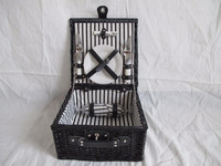 Fitted hamper wicker picnic basket willow basket for 2 person
