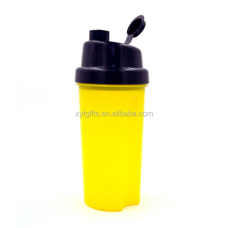 Novel Design Unbreakable Large capacity 700ML Protein Shaker Bottle for Milk Shake