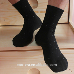 China Product 100% Bamboo Plain Black Socks Low MOQ Man High Socks