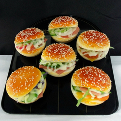 Plastic Hamburger Model Supplier Artificial Food For Sales Promotion