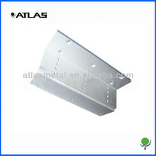 High precision metal Z angle bracket