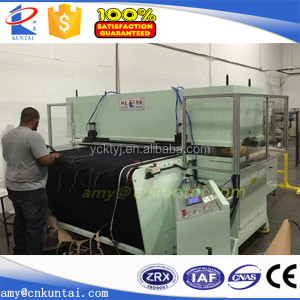 Automatic Leather Cutting Machine with Conveyor Belt