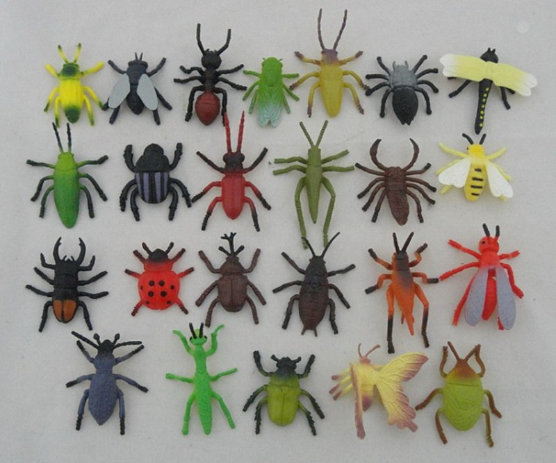 kid toy small animals plastic toys mini insects toy