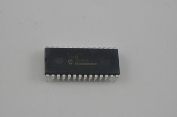 New and Original Microchip MCU PIC16F57-I/P