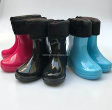 New products Kids winter solid color pvc rainboots with fur lining for girls and boys