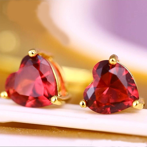 92286 xuping women 24k gold plated simple design heart shape color cubic zircon diamond stone stud earrings