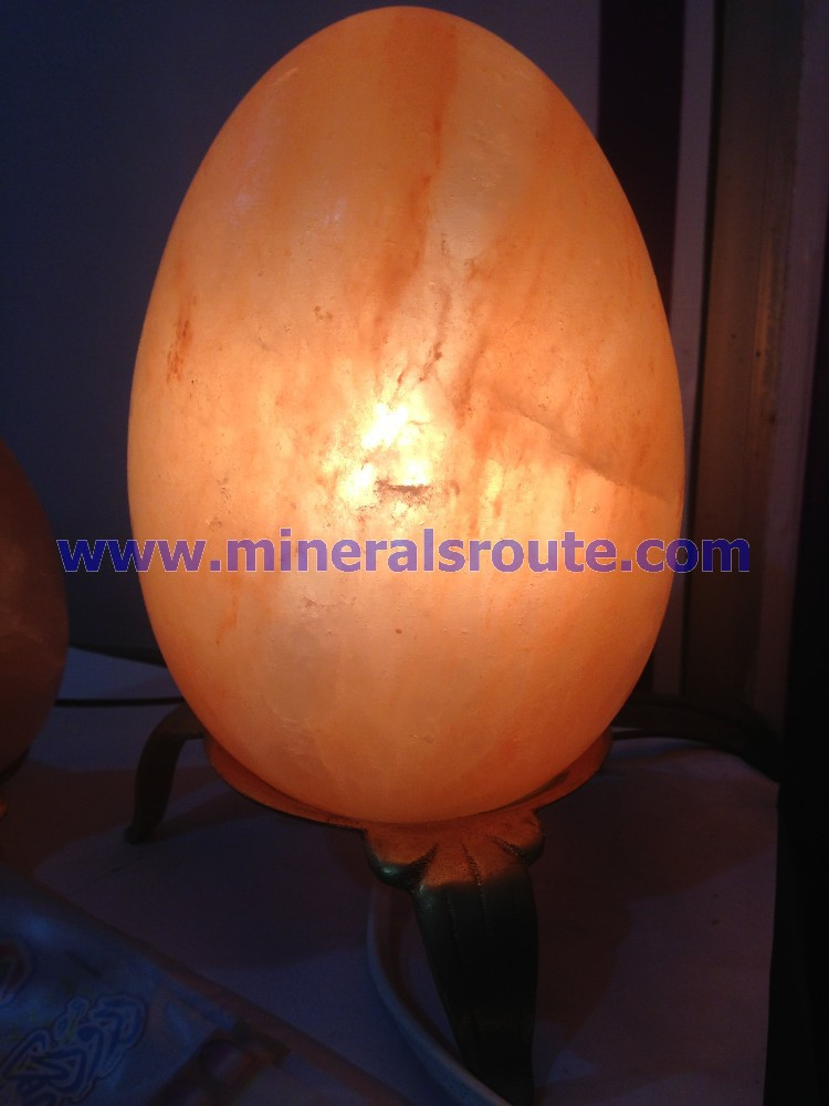 Egg/ oval shaped crafted salt lamps