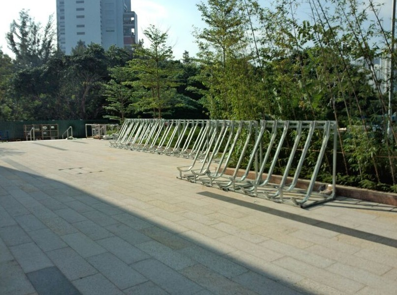 Public galvanized steel Semi Vertical bicycle rack