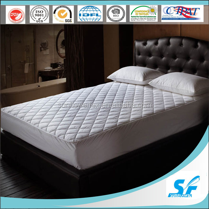 polyester cotton material and Plain Pattern mattress pad protector
