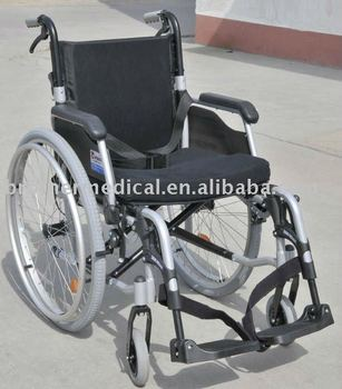 Functional Aluminum Wheelchair with CE Certificated