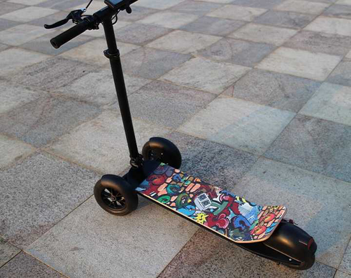 New hot electric skateboard 3 wheel tricycle scooter 2017