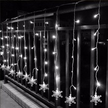 Waterproof 2M 100 Beads LED Christmas Snowflake Fairy Curtain Light with 8 Modes for Holiday Night Decorations