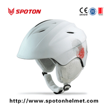 White Snow Ski Helmet For Winter Entertainment , mens and womens snowboard helmets