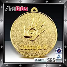 Custom cheap metal 3d hold gold metal medal new promotion gift for 2012